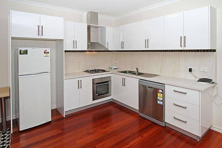 33af085f34aa790e75398d2b 29080 kitchen 1588587274 primary