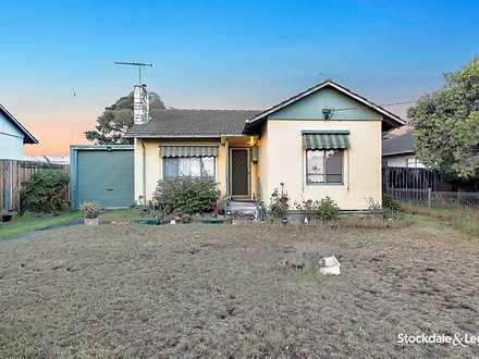 House - 17 Charlesworth Str...