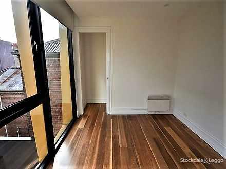 5d0c8e104ccc9330a025154b 2315 upstairsbedroom 1563050913 thumbnail