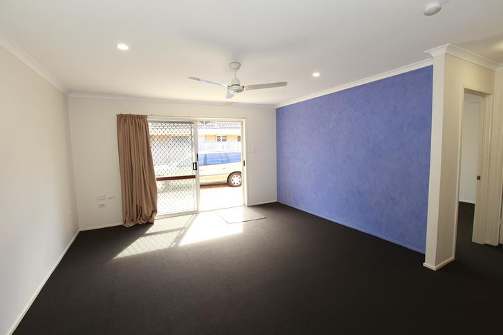 Apartment - 2/20 Parneno St...
