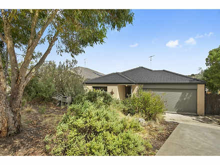 House - 50 Danawa Drive, To...