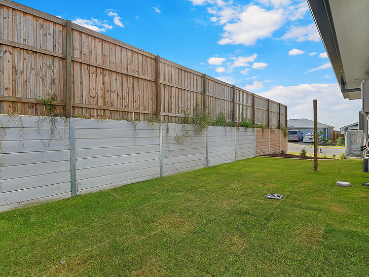 1/33 Cotton Crescent, Redbank Plains 4301, QLD House Photo