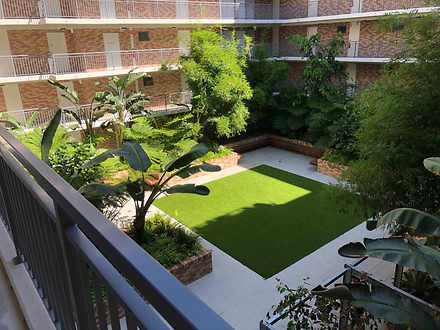 Apartment - 304/190 Varsity...
