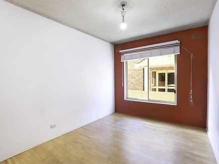 Apartment - 3/95 Queensclif...