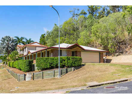 House - 3 Ironbark Terrace,...