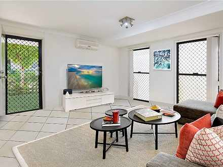 Townhouse - 12/12 Mailey St...