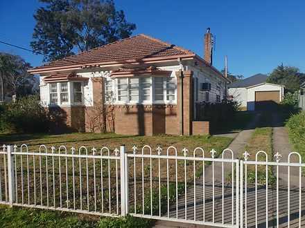 House - 223 Adelaide Street...