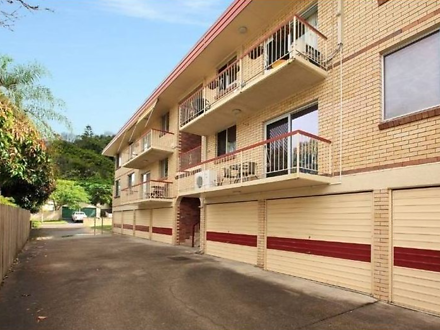 Unit - 3/32 Cottell  Street...