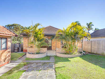 House - 606 Pittwater Road,...