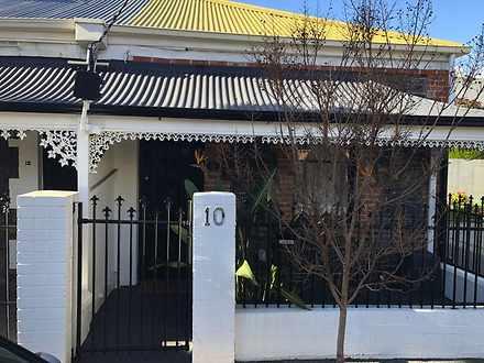 House - 10 Gladstone Street...