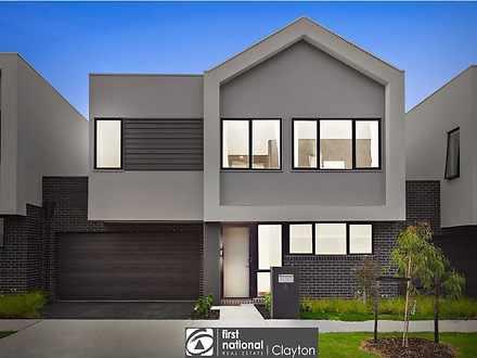 House - 4 Lomandra Drive, C...