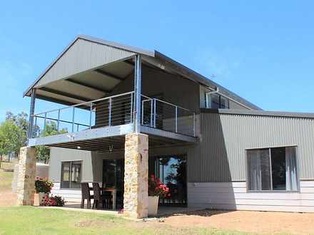 House - 702 Tweed Road, Bri...