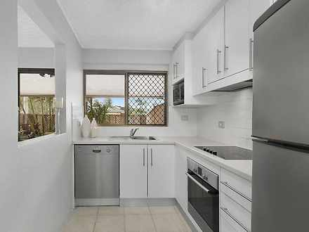 Townhouse - 2/58 Martin Str...