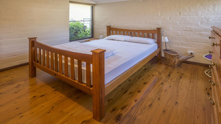 244a713d6a5d1f61727ae5b2 25002 bedroom1 1563585148 primary