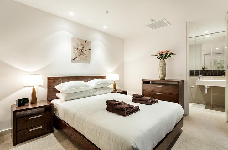 E15 master bedroom 1563797800 primary