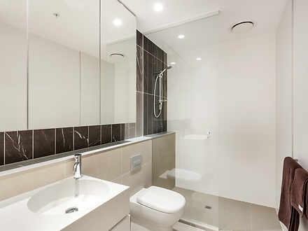 E15 bathroom 1563797816 thumbnail
