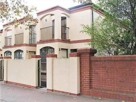 House - 5/4 Osmond Terrace,...