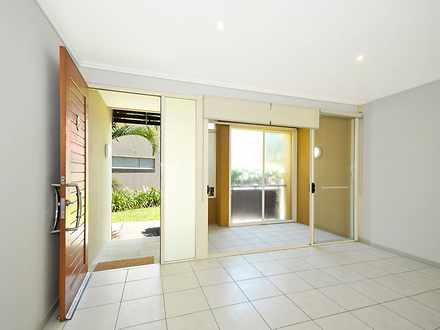 Townhouse - 6 Lader Terrace...