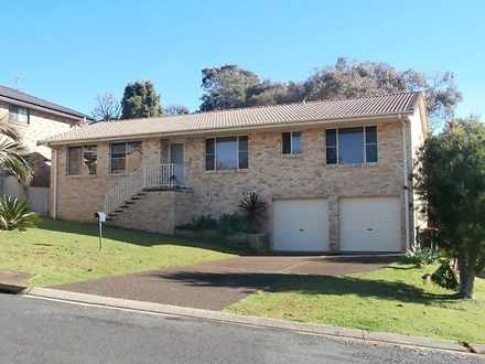 House - 42 Ashdown Drive, P...