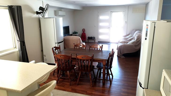 Sama31   dining   living area 1564917516 primary