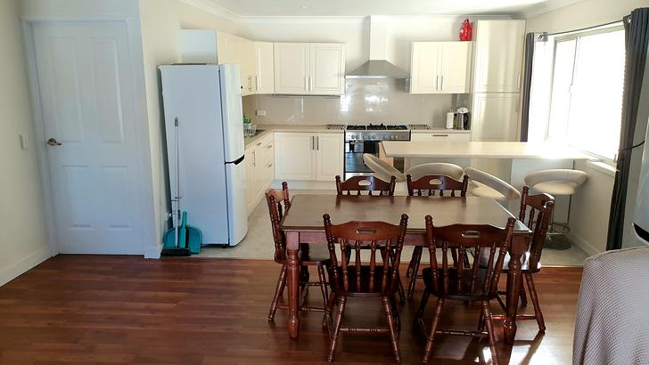 Sama31   dining area   kitchen 1564917532 primary