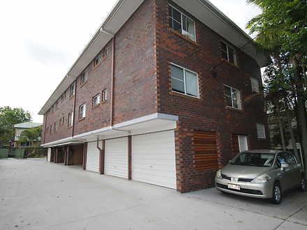 Unit - 3/10 Hall Street, No...