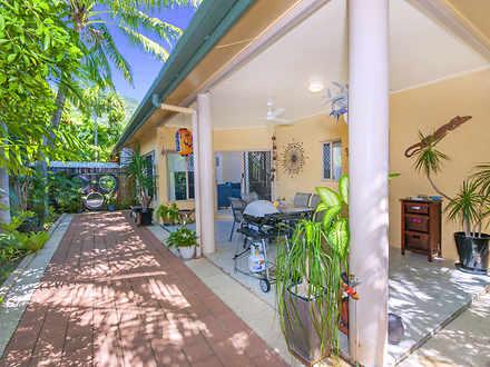Unit - Palm Cove 4879, QLD
