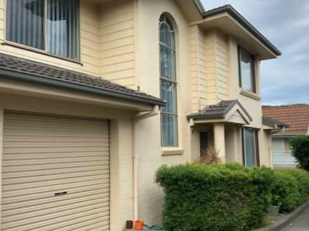 Townhouse - 2/3 Thurlow Ave...