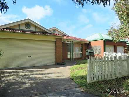 House - 31 Bowen Crescent, ...