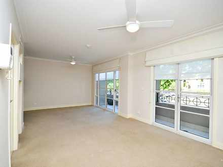 Unit - UNIT 2/200 Albert St...