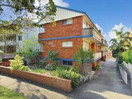 Apartment - 2/62 Oaks Avenu...