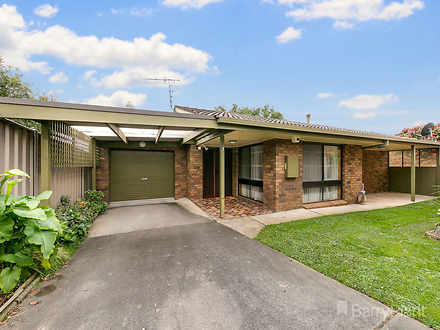 Unit - 3/11 Young Street, D...