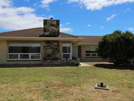 House - 13 Doncaster Avenue...