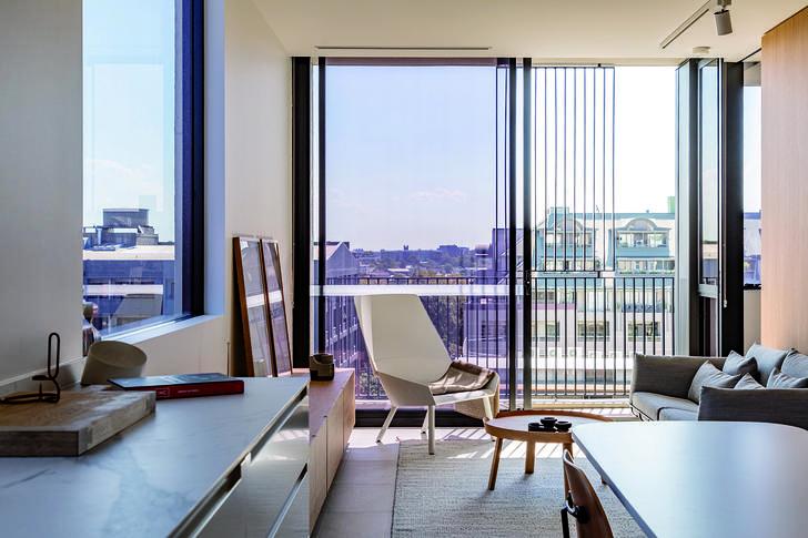 Apartment - 537 Elizabeth S...
