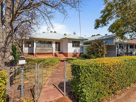 House - 8 Campbell Street, ...