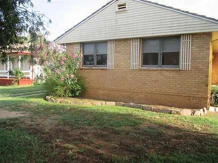 House - 10 Dawson Street, F...