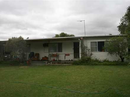 House - 4 Howard Street, Ro...