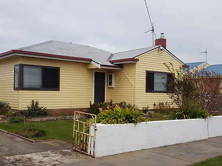 House - 129 Oldaker Street,...