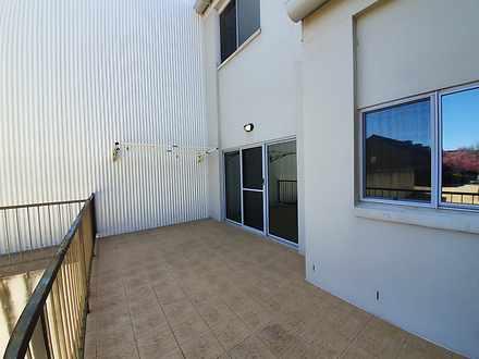 Rear balcony 1566621046 thumbnail
