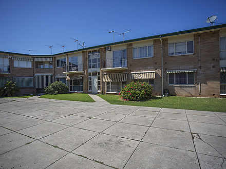 Unit - 8/15 Warwick Avenue,...