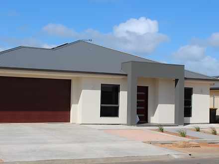 House - 6 Eagle Court, Port...