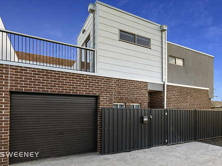 Townhouse - 2/38 William St...