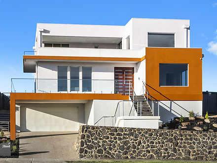 House - 36 Stoneleigh Cresc...