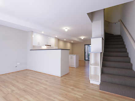 Townhouse - 2/342 Canning H...