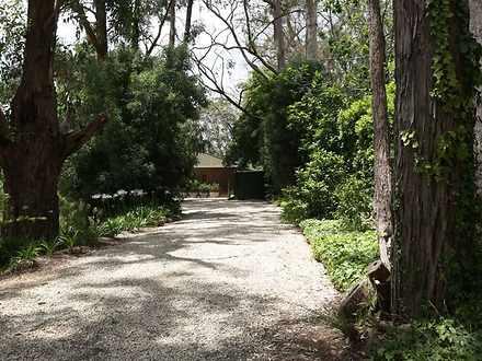 House - 21 Woorabinda Drive...
