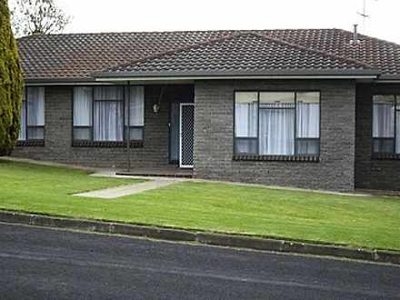 House - 4 Degaris Street, M...