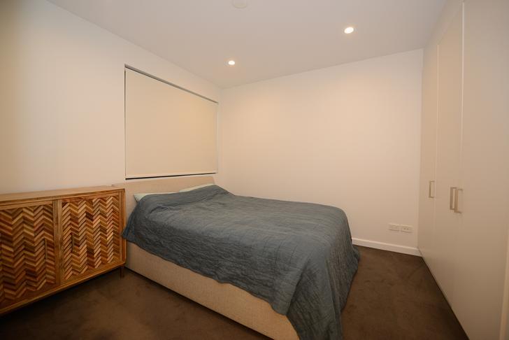 Bedroom 1568773328 primary