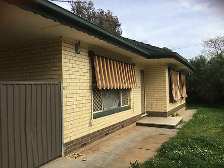 House - 3 Kirby Avenue, Sal...