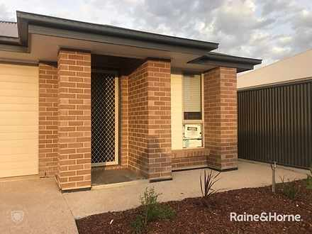 House - 20 Scoular Road, Bl...