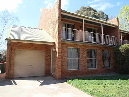 Townhouse - 9/103 Edward St...
